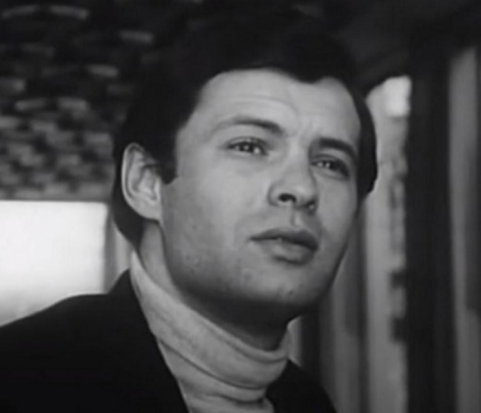 Tada je imao 25 godina: Ovako je Mustafa Nadarević izgledao u prvoj  filmskoj ulozi   BL Portal